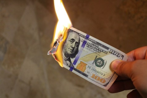 burning-money-2113914_1920
